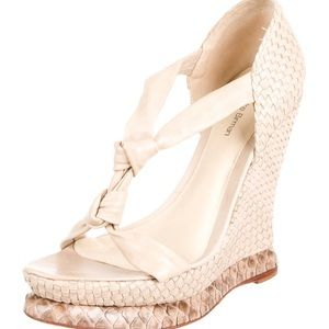 leather Alexndre Birman round-toe wedge